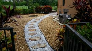 Stone Gravel Walkway